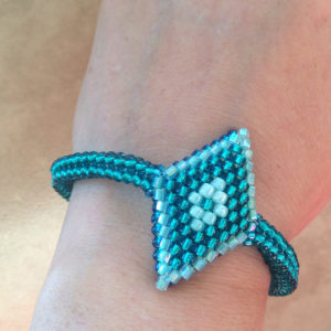 Blue Green Diamond Seed Bead Bracelet