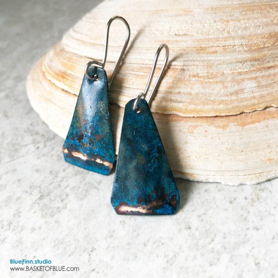 Blue copper patina rustic triangle with stripe