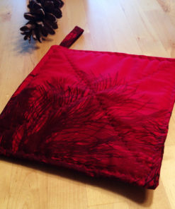 marimekko pot holder manty red pine fabric