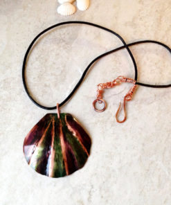 Rustic copper shell necklac