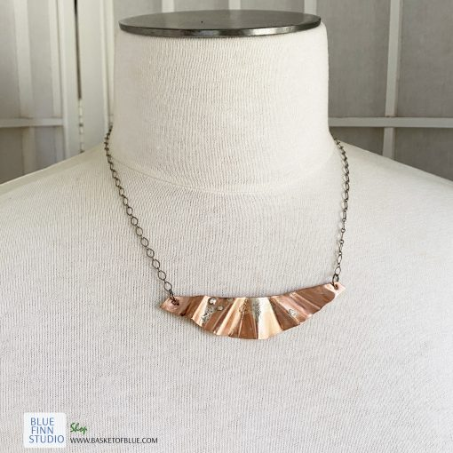 mixed metal copper and silver ripple bar neckace
