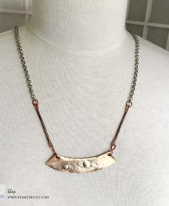 Bronze bar necklace