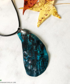 blue mussel shell necklace